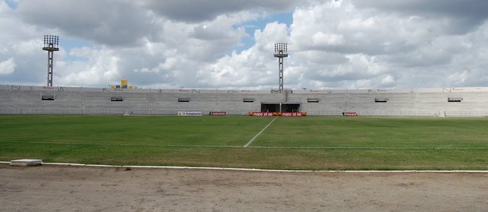 Estádio Amigão, Campina Grande (Foto: João Brandão Neto / GloboEsporte.com)