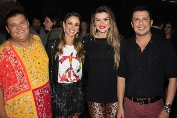 Mirella Santos e Ceará no show de Claudia Leitte (Foto: Fred Pontes/Divulgação)