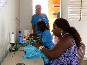 Ternos de congado se preparam para festa de louvor em Uberlândia (Foto: Reprodução/ TV Integração)