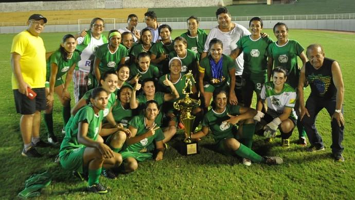 Assermurb campeã do Acreano de Futebol Feminino 2016 (Foto: Duaine Rodrigues)