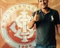"""Índio visita o Beira-Rio pela 1ª vez após aposentadoria: """"Bateu uma saudade"""""""