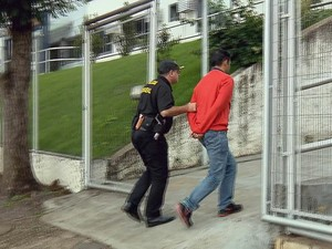 Detidos em Operação da PF de Santo Antônio do Amparo, Varginha (Foto: Reprodução EPTV)