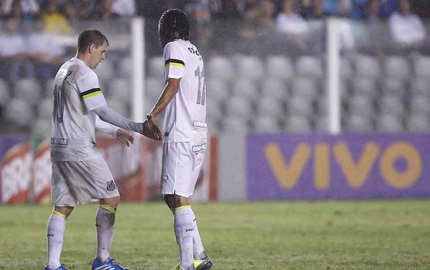 Montillo e Everton Costa - Santos (Foto: Ricardo Saibun/Divulgação Santos FC)