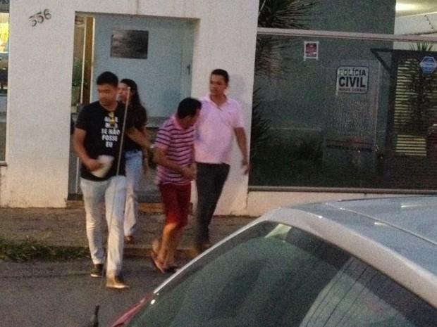 Resultado de imagem para Pastor é preso por estupro de criança dentro de igreja em Montes Claros