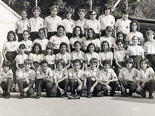 Na foto, Fátima está sentada e é a primeira da esquerda para a direita (Foto: Arquivo pessoal cedido para o Esquenta!)