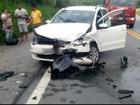 Cinco pessoas ficam feridas em acidente na BR-101, em Angra, RJ