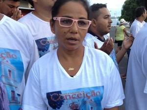 Raimunda Cardoso paga promessa há 24 anos. (Foto: Luana Leão/G1)