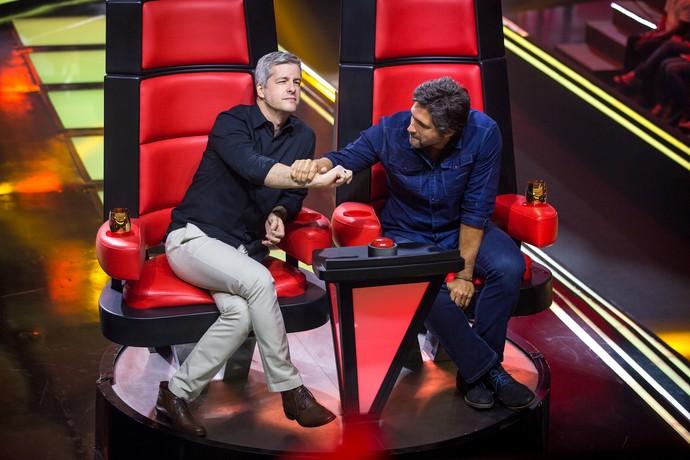 Victor e Leo durante decisão na Audição às Cegas do 'The Voice Kids' (Foto: Isabella Pinheiro/Gshow)