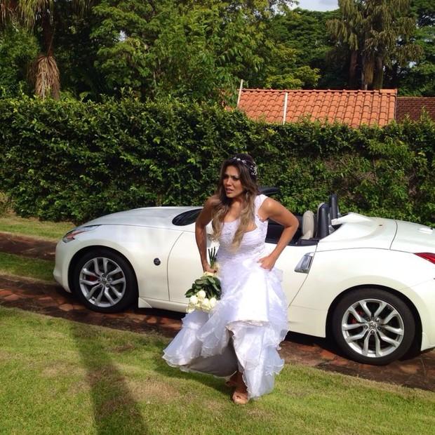 Ex-BBB Fabiana Teixeira participa de clipe sertanejo (Foto: Divulgação)