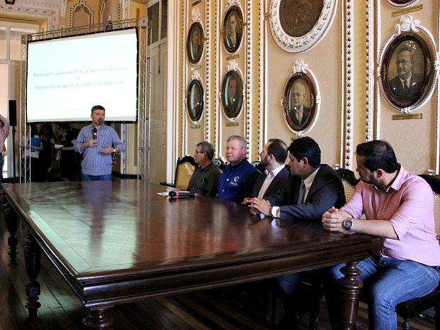 Obras contempladas pelo PAC Cidades Históricas foram anunciadas em Manaus (Foto: Adneison Severiano/G1 AM)