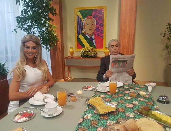 Bruna Pietronave posa ao lado de Tom Cavalcante em um dos intervalos do humorístico MultiTom   (Foto: Divulgação)