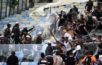 Justiça adia para terça a audiência dos 31 torcedores do Timão presos no Rio