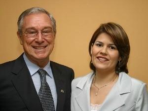 Orestes Prata Tibery Júnior e sua esposa Ellen Martins Prata Tibery. (Foto: Maurício Farias/ABCZ)