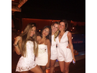 Com decotão, Rafaella Santos comemora réveillon ao lado de amigas