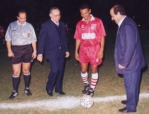 Edinho e Neymar pai especial (Foto: Reprodução/O Diário de Mogi)