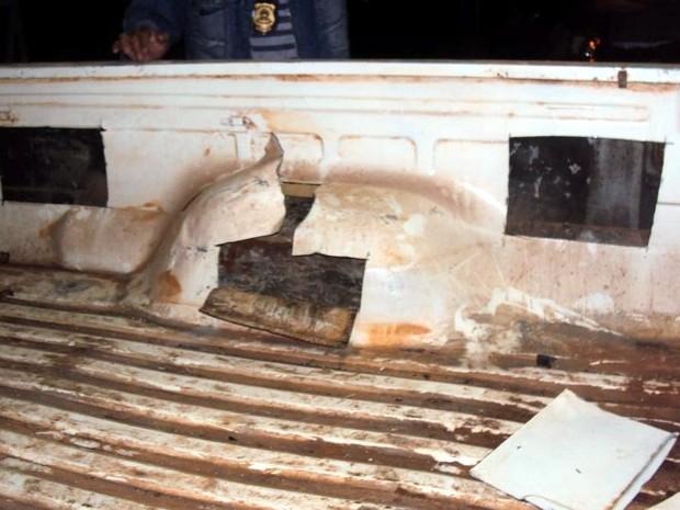 Droga estava escondida em lataria de carro com placas de Mato Grosso do Sul (Foto: Divulgação/Polícia Rodoviária)