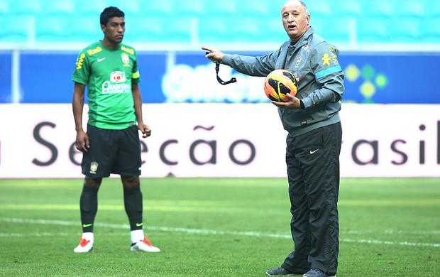 Felipão paulinho brasil treino (Foto: Mowa Press)