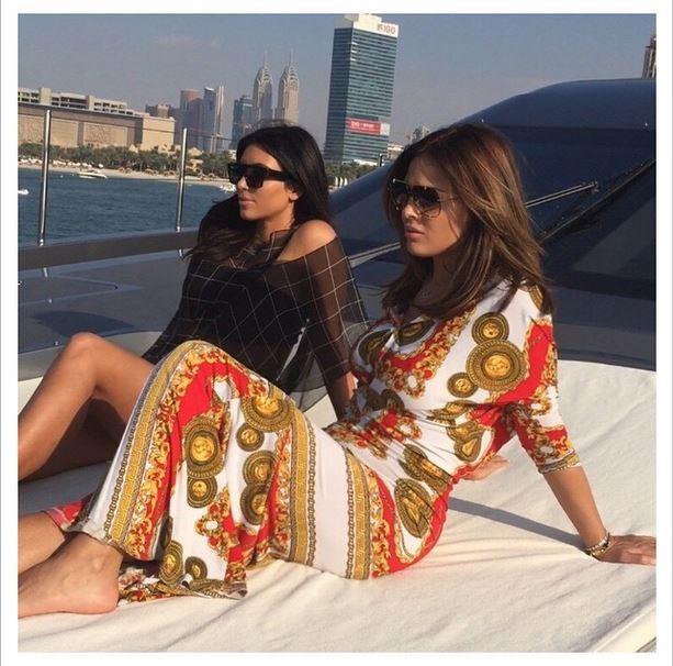 Kim Kardashian e amiga (Foto: Instagram)