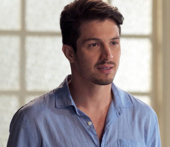 Roberto confirma que pode ser pai de Alex (Foto: TV Globo)