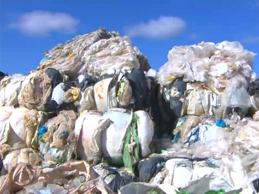 Mais de sete toneladas de material reciclável são reaproveitadas em Porto Velho (Foto: Amazônia TV)