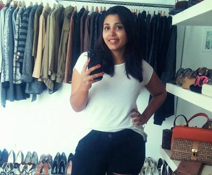 Rayani faz selfie no espelho (Foto: Arquivo pessoal)