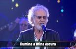 Renato Teixeira canta a música 'Romaria'