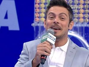 Luigi Baricelli apresentou o sorteio (Foto: Reprodução/TV Globo)