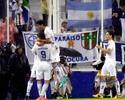 Com gol de Gago, Vélez confirma o favoritismo e bate Iquique por 3 a 0