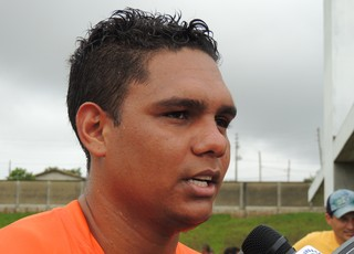 Thiago Humberto meia Criciúma (Foto: João Lucas Cardoso)