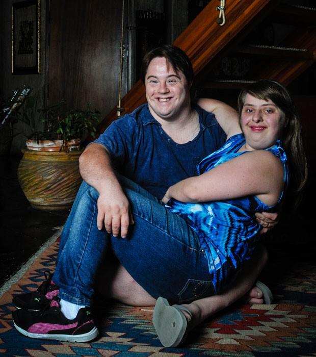 Casal com Síndrome de Down Renovam Seus Votos depois de 13 anos