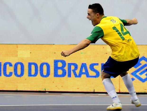 futsal rodrigo brasil e colômbia (Foto: Luciano Bergamaschi / CBFS)