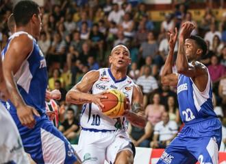 Bauru Basket x Pinheiros, Campeonato Paulista, Alex Garcia (Foto: Caio Casagrande / Bauru Basket)