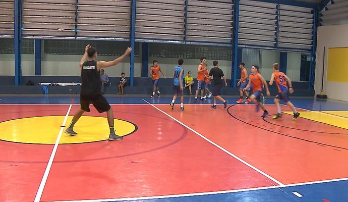 Franco Ferreira Neto, jogador de basquete paraibano (Foto: Reprodução / TV Cabo Branco)