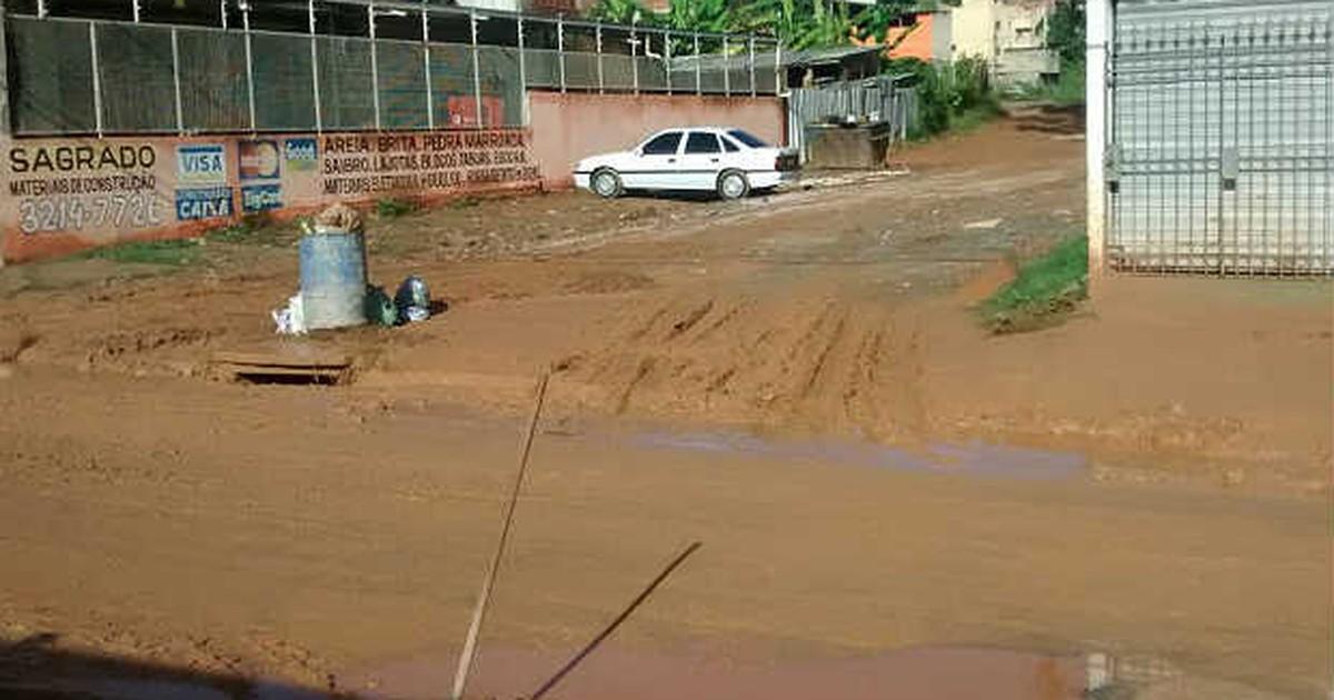 Chuva causa sujeira e alagamento em bairros de Juiz de Fora - Globo.com