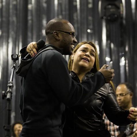 Preta Gil ensaia com Thiaguinho (Foto: Andre Bittencourt)