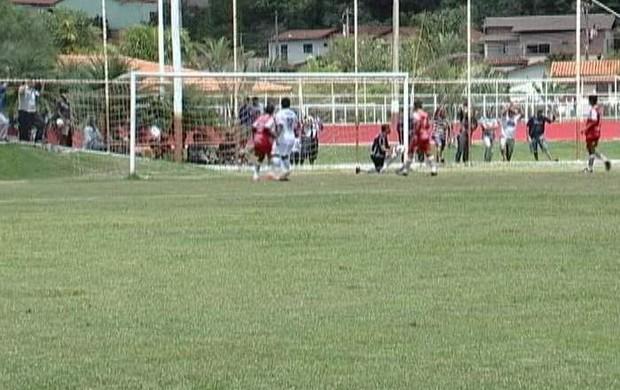 Amistoso Araxá e Uberaba (Foto: Reprodução/TV Integração)