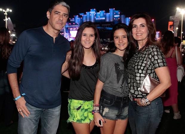 Bonner, fátima e as filhas (Foto: Reginaldo Teixeira)