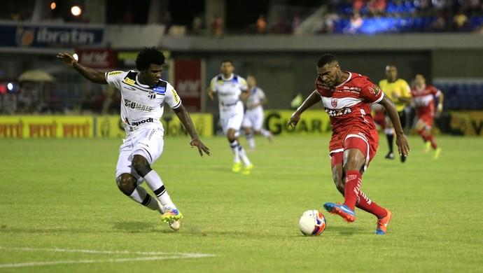 Daniel Cruz, atacante do CRB (Foto: Ailton Cruz/Gazeta de Alagoas)