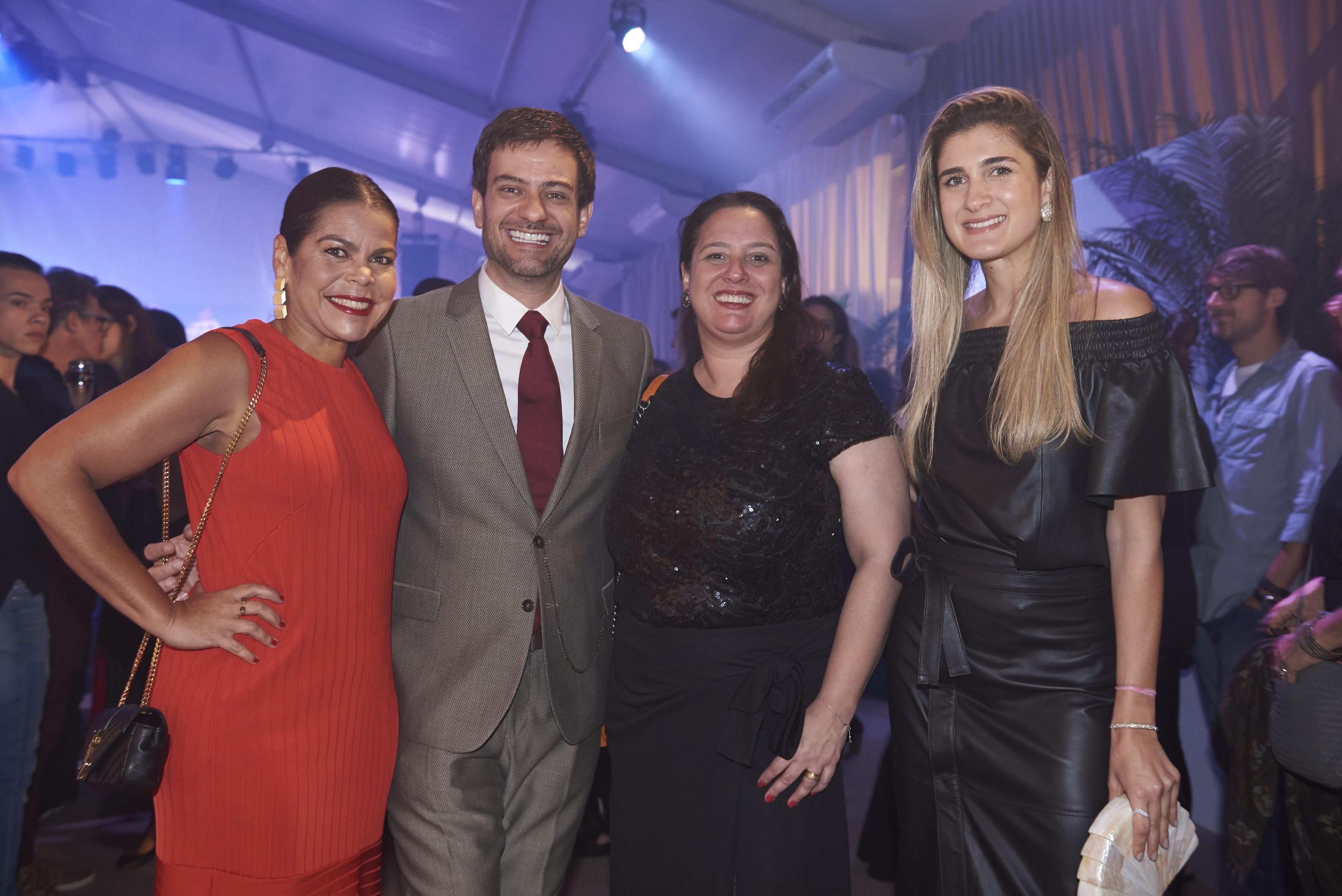 Vogue team: Daniela Falcão, Bruno Astuto, Silvia Rogar e Barbara Migliori (Foto: Divulgação)
