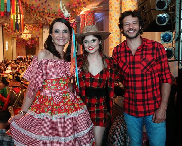 Andrea Natal, Julianne Trevisol e Nando Rodrigues (Foto: Reginaldo Teixeira/CS Eventos Divulgação)