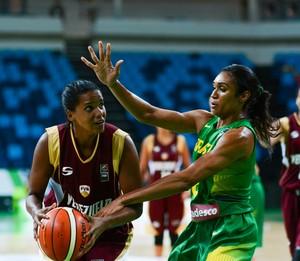 Iziane seleção brasleira de basquete feminino (Foto: Rio 2016 / Alex Ferro)