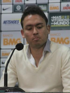 Keirrison explica nova cirurgia que vai deixar mais seis meses em espera no Coritiba (Foto: Gabriel Hamilko / Globoesporte.com)