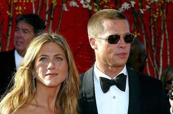Brad Pitt e Jennifer Aniston em foto de quando ainda eram casados (Foto: Getty Images)