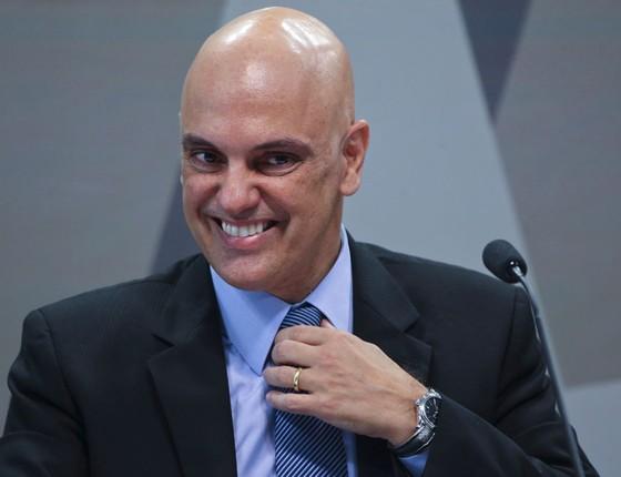 O ministro licenciado da Justiça Alexandre Moraes , na sala da comissão que julga sua indicação para o STF (Foto:  Aílton de Freitas/Agência O Globo)