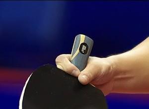 Estilo caneteiro de tênis de mesa (Foto: Reprodução/Youtube)