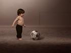 Shakira lança clipe de música da Copa com o filho e Carlinhos Brown