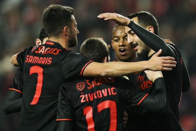 Mitroglou Benfica x Leixões (Foto: EFE)