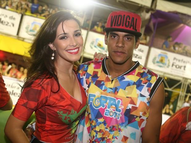 Marcello Melo Jr. e a namorada, Caroline, em micareta em Fortaleza, no Ceará (Foto: Alana Andrade/ Divulgação)