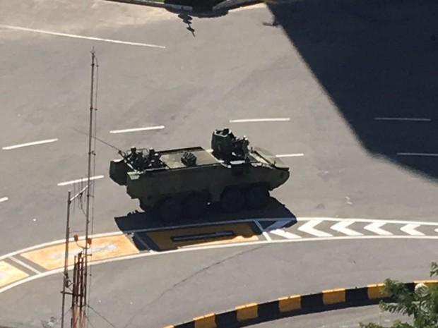 Tanques do Exército foram vistos nas ruas de Vitória e Vila Velha (Foto: Letícia Altoé/ Arquivo Pessoal)