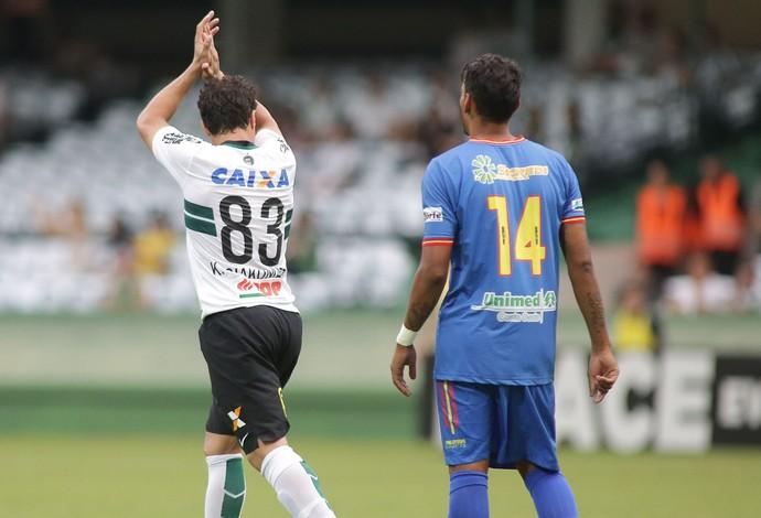 Kléber Gladiador Coritiba Toledo Couto Pereira (Foto: Giuliano Gomes/PR PRESS)